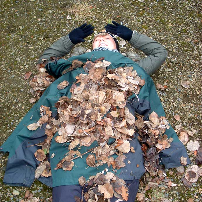 Forest School Training & Outdoor Learning Projects - leaf fun